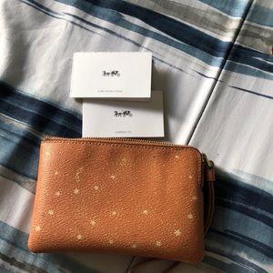 Limited ✨ Coach x NASA ✨ phone holder/wallet